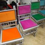 Värviliste toolide katteriide vahetus